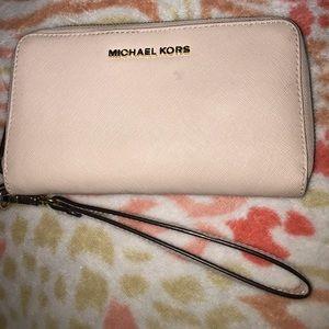 MICHAEL KORS Leather Continental Wristlet